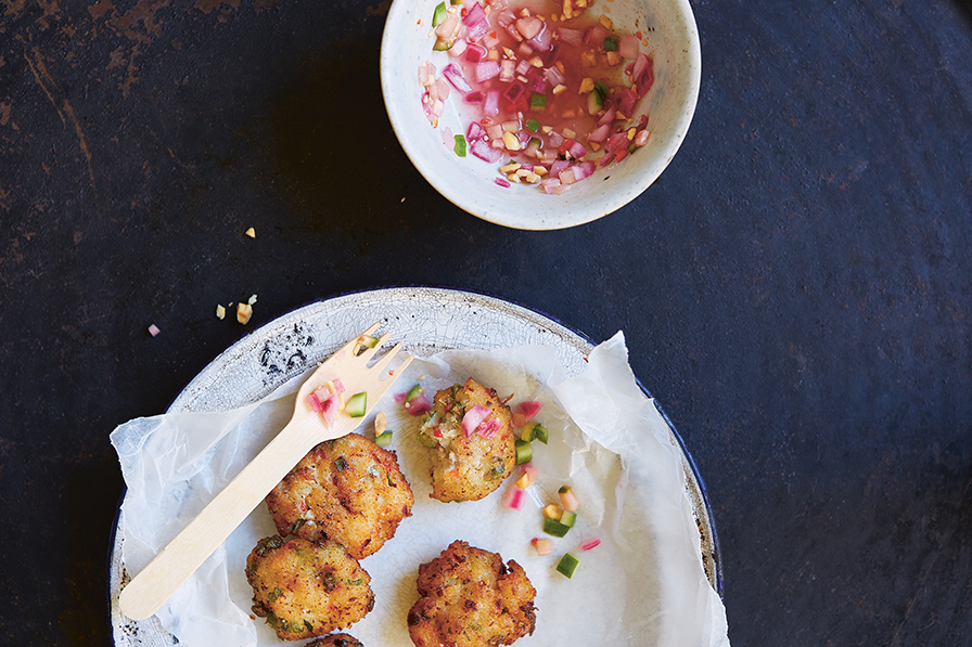 Thai fishcakes with cucumber pickle color